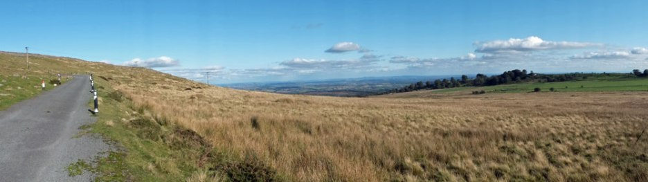 Panoramic view to the east - Worcestershire and the Vale of Evesham