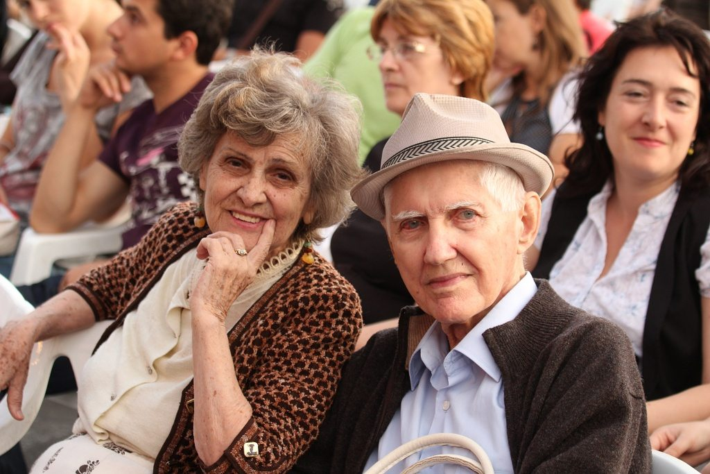Best And Free Senior Dating Online Site