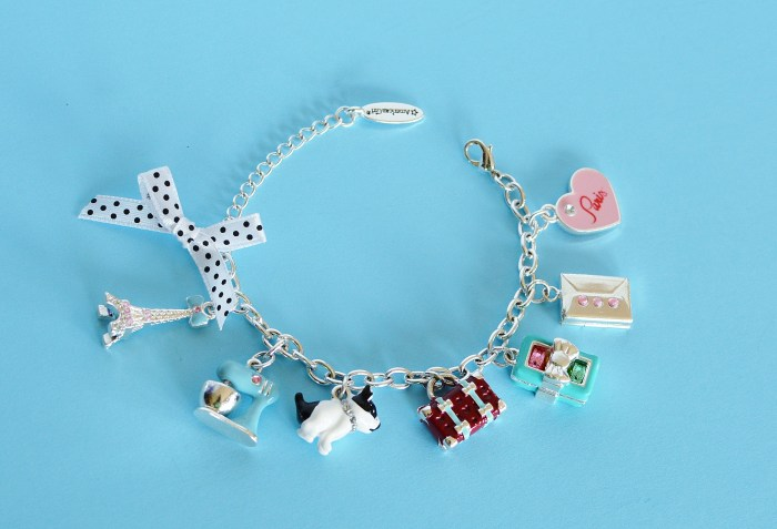 Review: Grace's Charm Bracelet for Girls