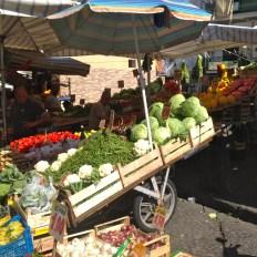 marché napolitain (c) Ea MARZARTE- Small & Beautiful