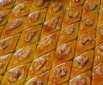 Azerbaijani pakhlava sweets (image by Gulustan)