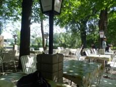 At the Gasthaus zum Friedhof der Namenlosen