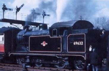 2nd Herts Railtour 3 Abbey Stn c for Hatfield No 69632