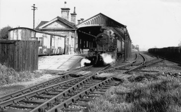 Abbey Stn 8 1949 Loco No 40010
