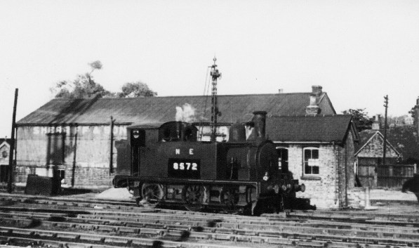 Branch Locos 2 J69 Hatfield 1946 - Fiddle Bridge Goods