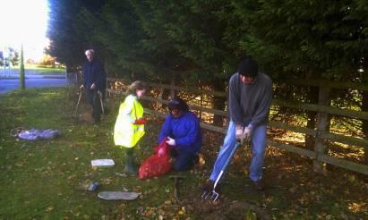 Smallford in Bloom Planting November 2011