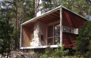 The Box, the 215 sq ft house architect Ralph Erskine built for his family of four | www.facebook.com/SmallHouseBliss