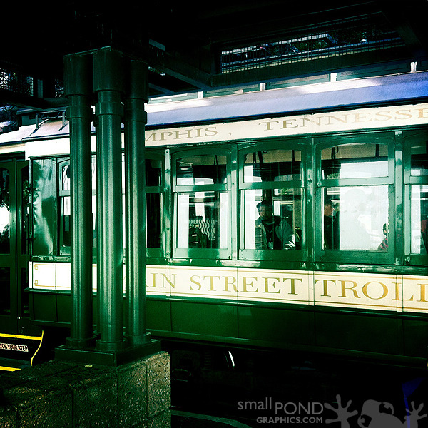 trolley_mainst