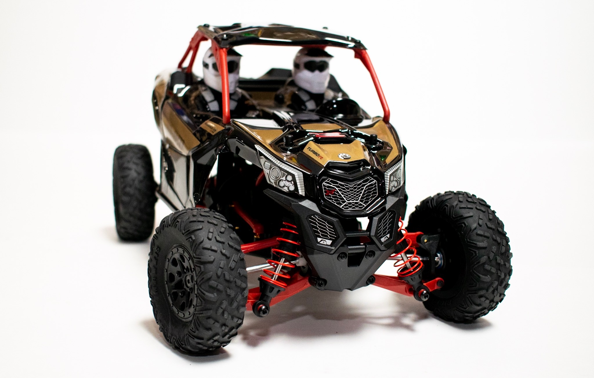 First Impressions: Axial Yeti Jr. Can-Am Maverick X3