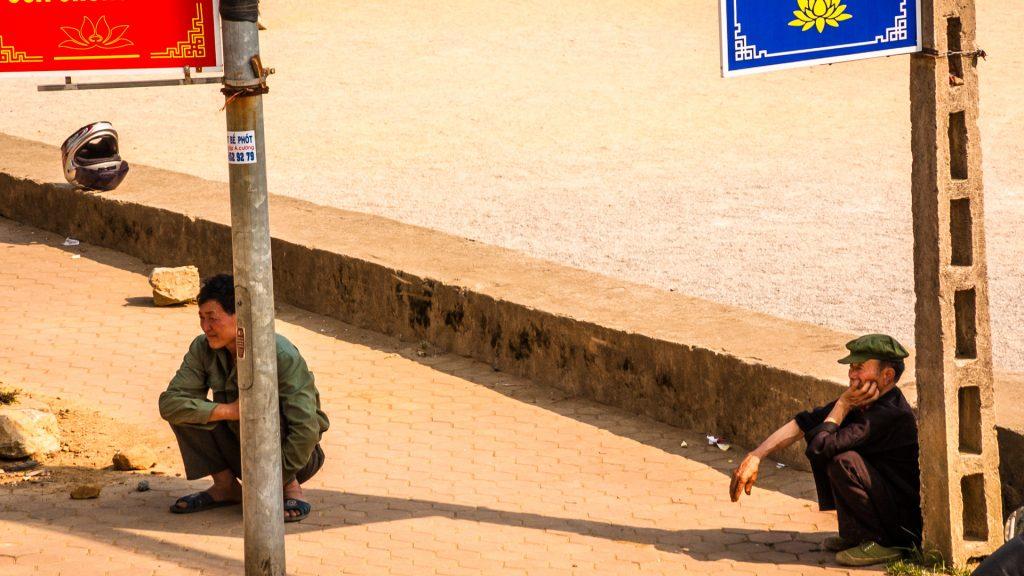 vietnam-street-sin ho- people