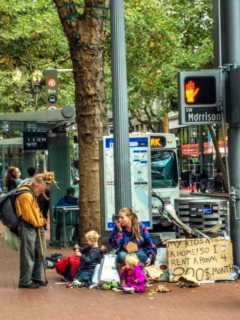 Homeless in Portland sulla strada