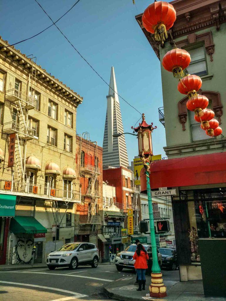 Le strade di china town a San Francisco