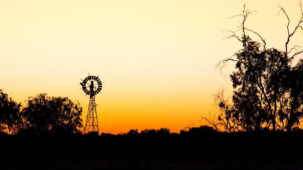 barrow-creek-roadhouse-australia