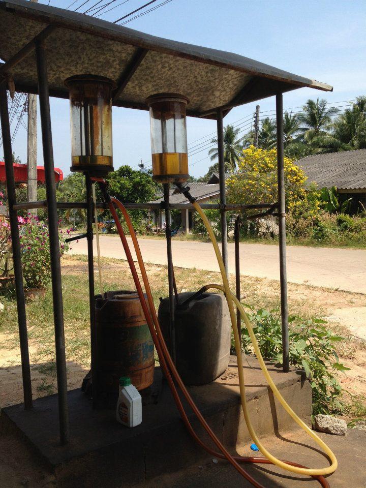 benzinaio thailandese