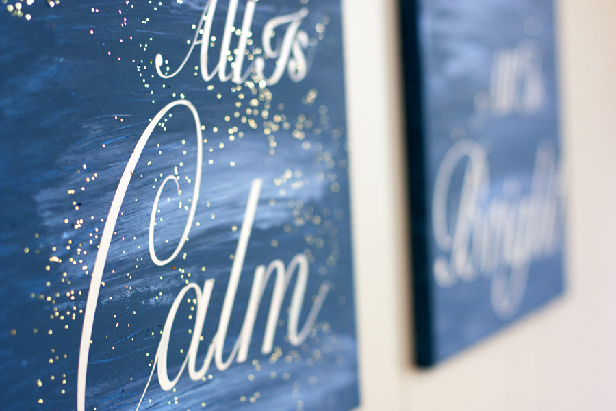 What pretty canvas art to hang up at Christmas time! Made with cheap canvas and her Silhouette