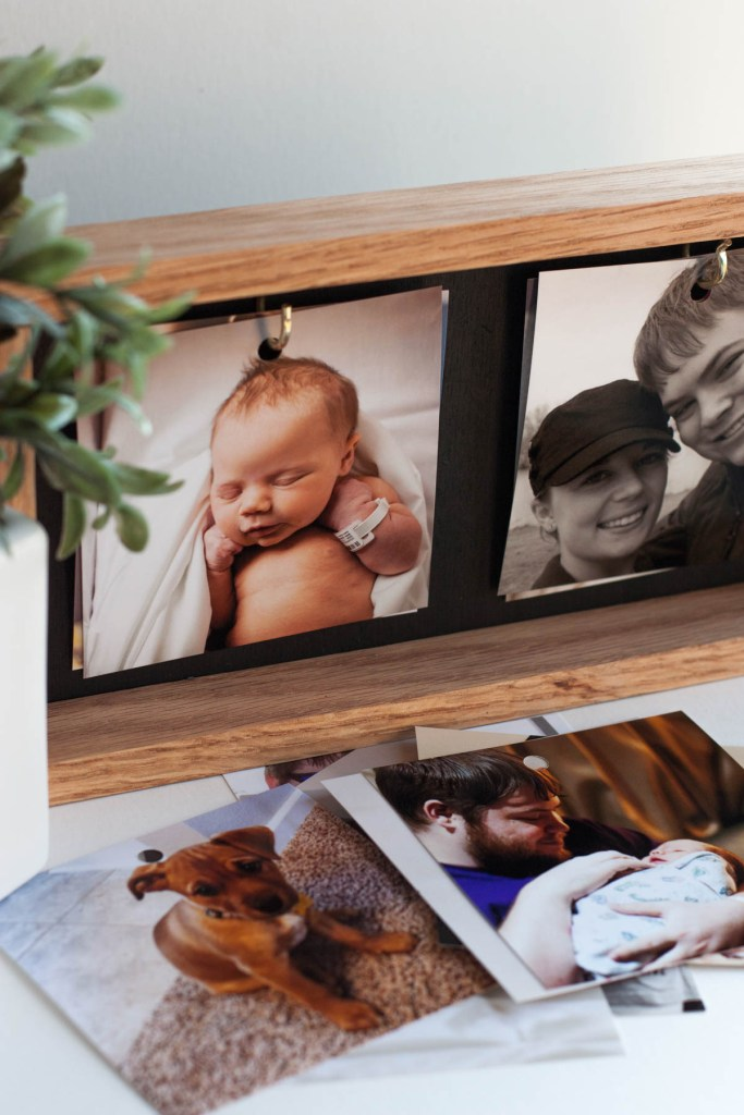 How cute is this DIY photo gift?! What a great way to display Instagram photos! And you can rotate them on the frame and always add more to the collection. And she made this whole thing with scrap wood and supplies. Such a thrifty DIY gift idea!