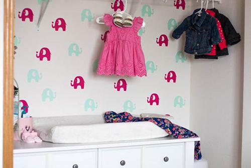 elephant-temporary-wallpaper-in-nursery-closet