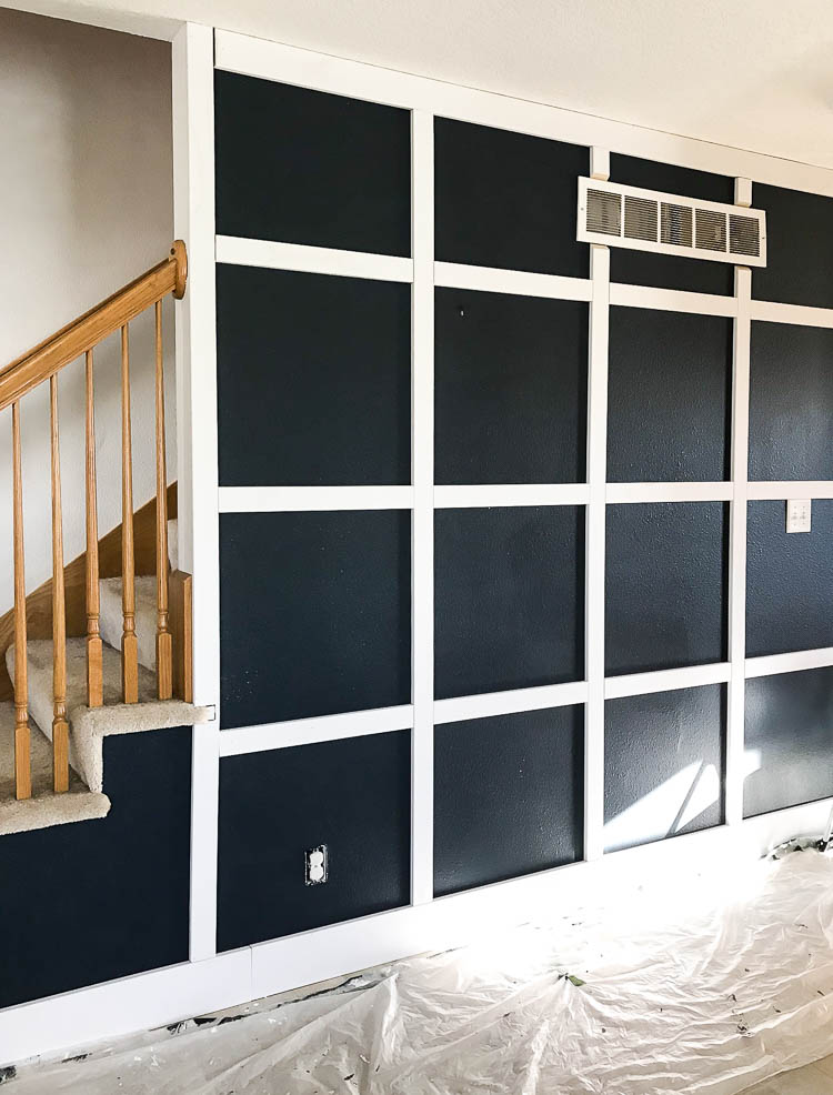 diy-board-and-batten-wall-in-hallway