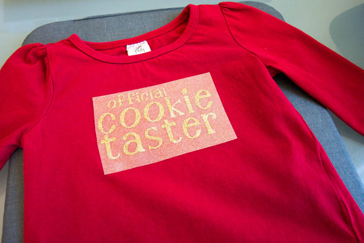 cricut-diy-kids-christmas-shirt