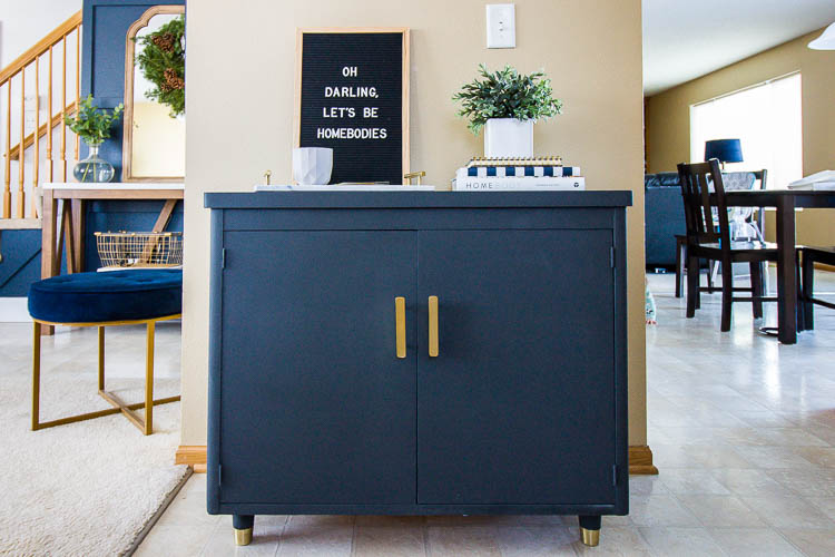 gray-painted-cabinet-with-chalk-paint