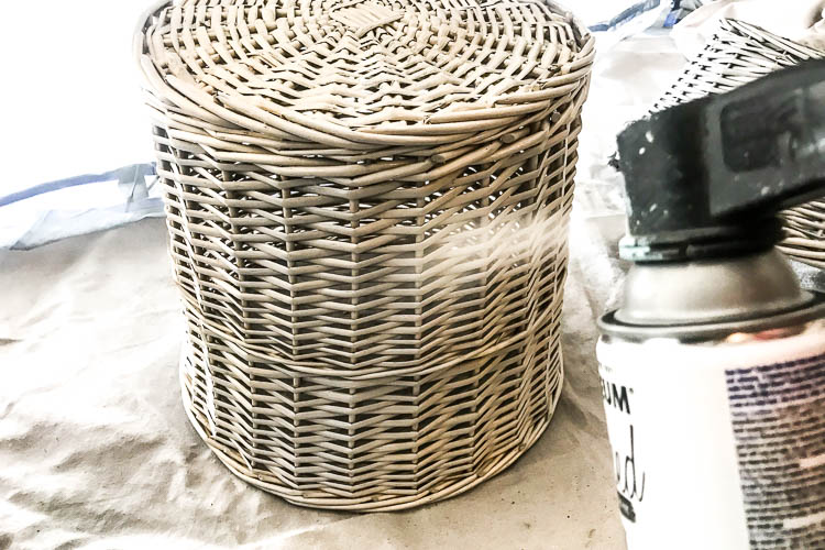 spray-painting-a-basket