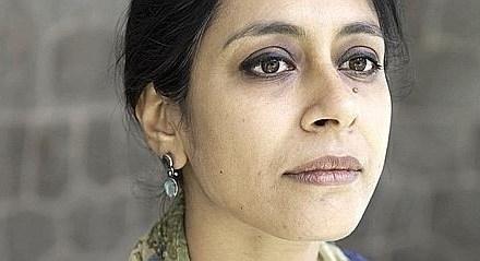 Les plis de la terre – Anuradha Roy