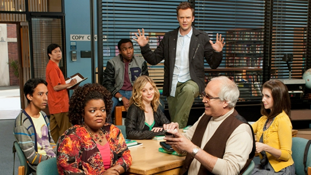community - Community : Six Seasons And A Movie ? communitycomiccon