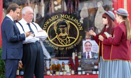 The Casual Vacancy 1×01