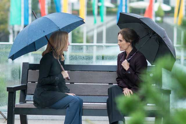 """THE X-FILES: L-R: Gillian Anderson and guest star Annabeth Gish in the """"My Struggle II"""" season finale episode of THE X-FILES airing Monday, Feb. 22 (8:00-9:01 PM ET/PT) on FOX. ©2016 Fox Broadcasting Co. Cr: Ed Araquel/FOX"""