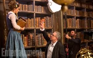 disney - Premières images de la Bête avec sa Belle Emma Watson belle et la bete 08