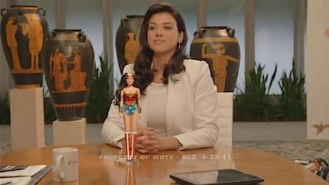 Wonder Woman Partie 3 : Adrianne Palicki met le pantalon
