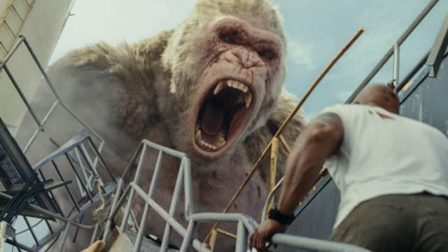 rampage - Rampage : Dwayne vs les animaux mutants géants critique rampage