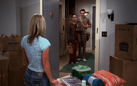 Big Bang Theory - Revoir les premières minutes de Friends et Big Bang Theory big bang theory