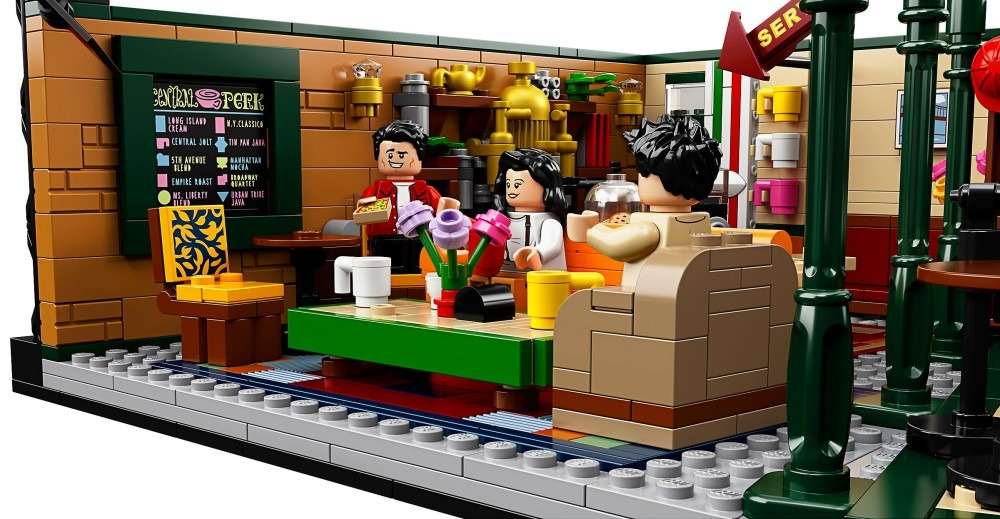 Collections - FRIENDS : le Central Perk arrive en LEGO LEGO central perk friends 7