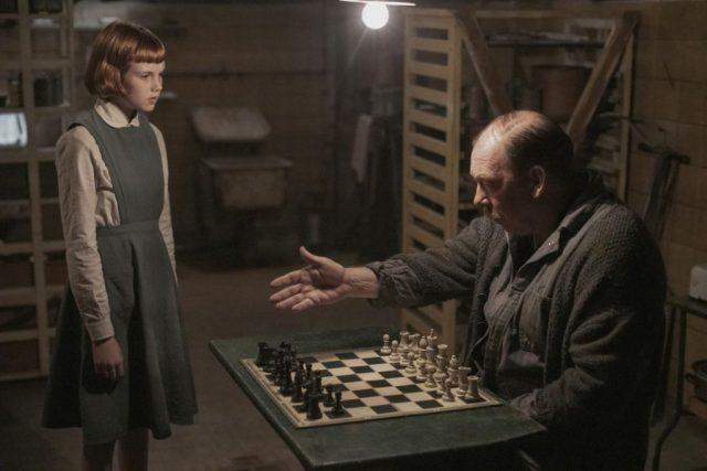 netflix - Le Jeu de la Dame, la série Netflix pour les fans d'échecs the queens gambit netflix 1