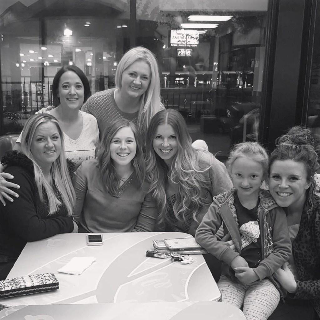 group of women, strengthen friendships
