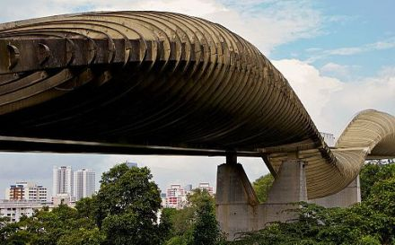 The Henderson Waves   Image by Matthew Hine (CC BY 2.0)