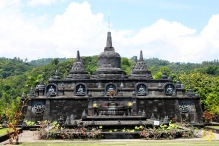 Bali_Lovina_Buddhisttemple_03