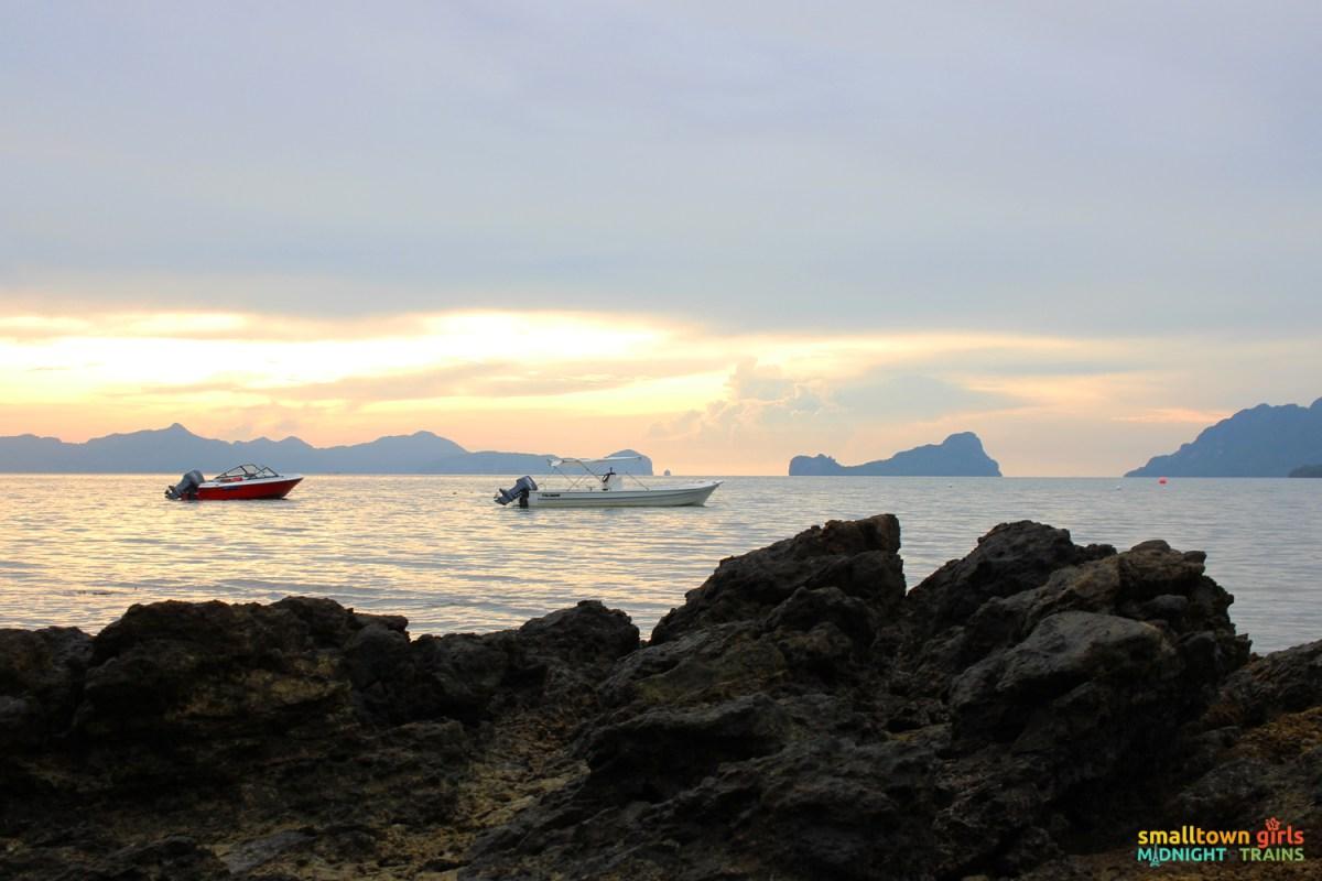 El Nido Marimegmeg Beach Las Cabanas 04