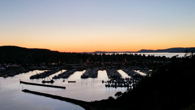 Anacortes sunset at Cap Sante Marina.