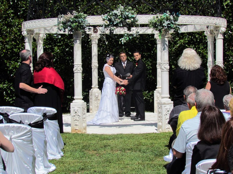 Intimate Wedding at Cavender Castel
