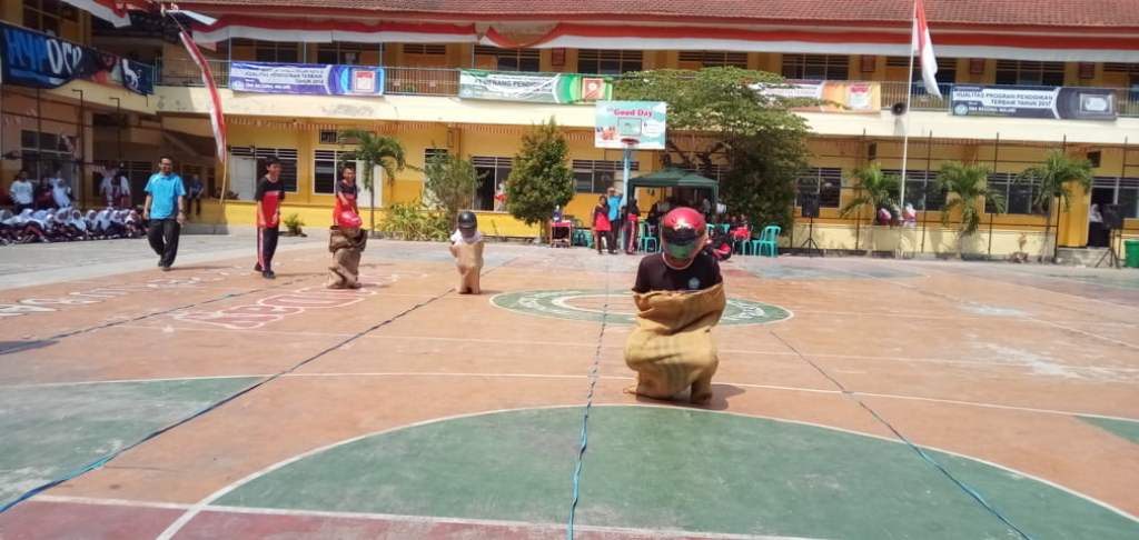 Semangat Jiwa Kompetitif Siswa SMANAS Masih Diadu 9