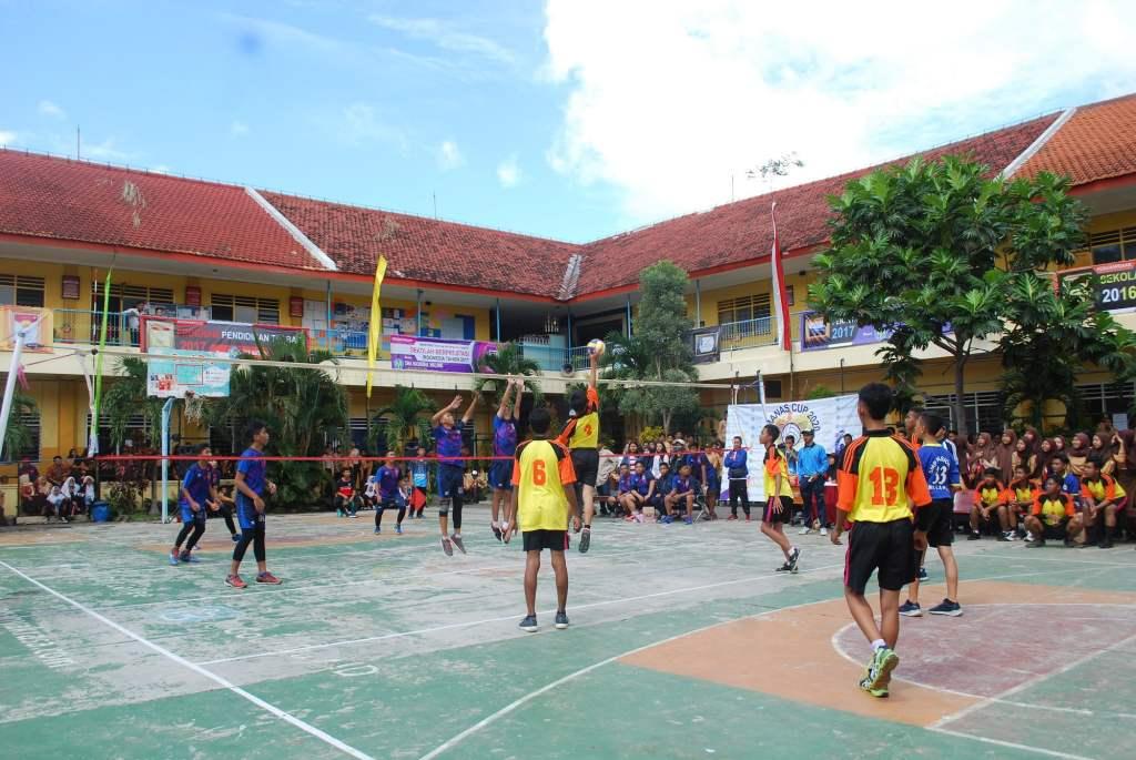 Atlet Voli SMP Malang Raya Junjung Sportivitas dalam SMANAS Cup 2020 14