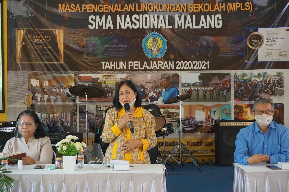 Pembinaan Yayasan P2PUTN Malang kepada Guru dan Karyawan SMA Nasional Malang 6