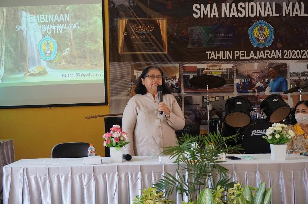 Pembinaan Yayasan P2PUTN Malang kepada Guru dan Karyawan SMA Nasional Malang 7