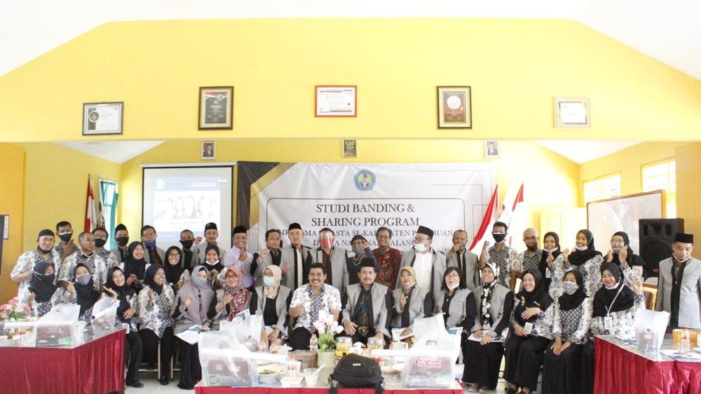 Studi Banding dan Sharing Program dengan MKKS Swasta Kabupaten Pasuruan 8