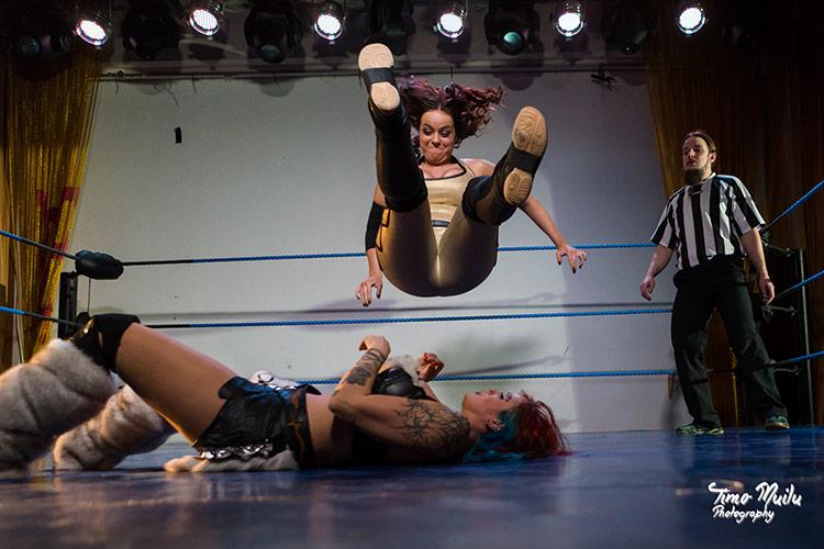 fcf_wrestling_show_live_regina_aurora