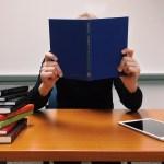 どうして奨学金破産になってしまうのか?破産しないために必要なことは?