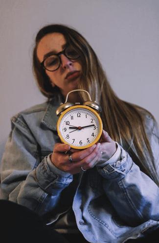 光で起こす光目覚まし時計のメカニズムとは?