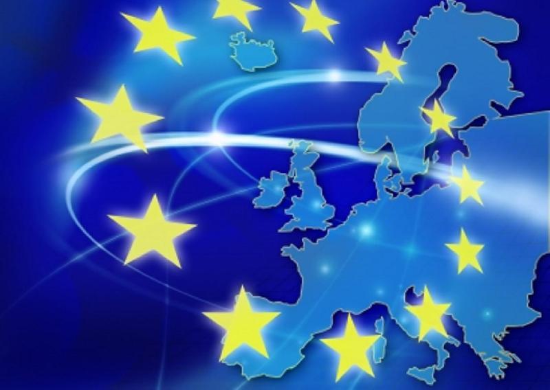 Unione Europea guarda la privacy di Facebook